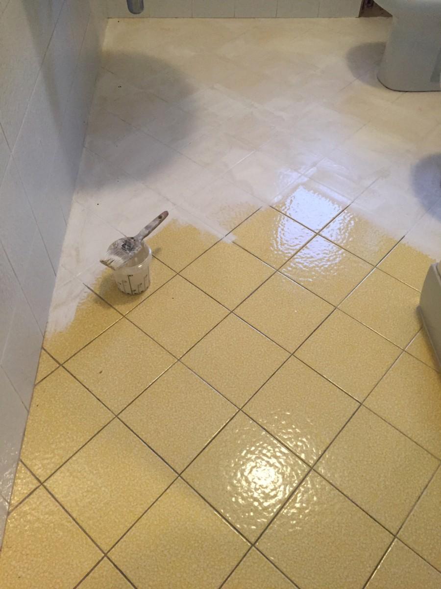 Rinnova le piastrelle del bagno creazionedatmosfere - Syntilor rinnova tutto bagno ...